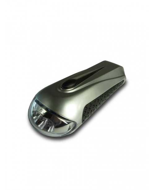 A50565 3 LED DYNAMO TORCH (OFFER 2 FOR 16.00)